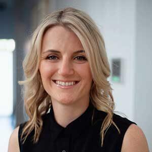 Dr Lauren Matthews