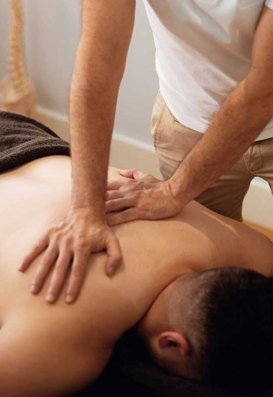 Treatment For Neck And Shoulder Pain in Essendon